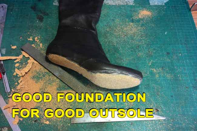 High boot course:Good foundation for good outsole-12