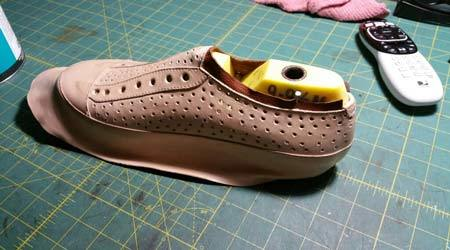 Will this shoe fit without fastening picture 4