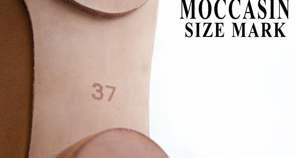 Size Mark on The Sole: How to make moccasin shoes 30