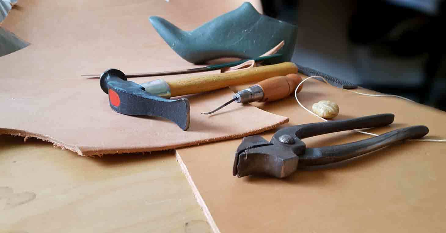 How To Make Shoes? Watch and Download My Shoemaking Courses ✅