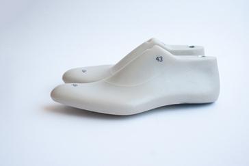 Men's-shoe-lasts