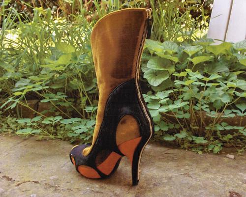 Sveta Kletina High heel boot design