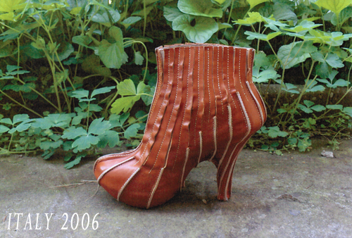 Shoe design of boots on heels