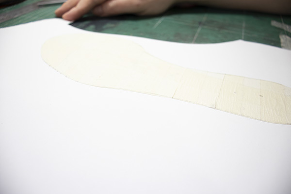 attach insole pattern to the cardboard
