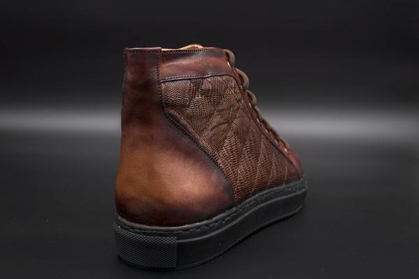 sneakers patina